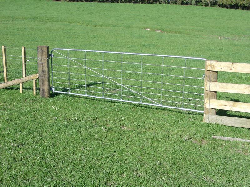 畜舎やゲートに便利なファームパネル